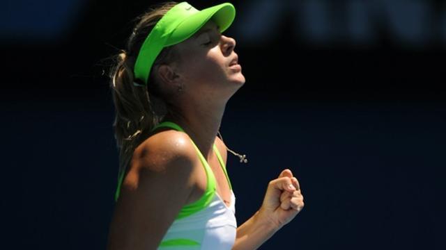 Sharapova beats Kvitova to reach final