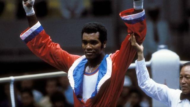 Cuban boxing great dies