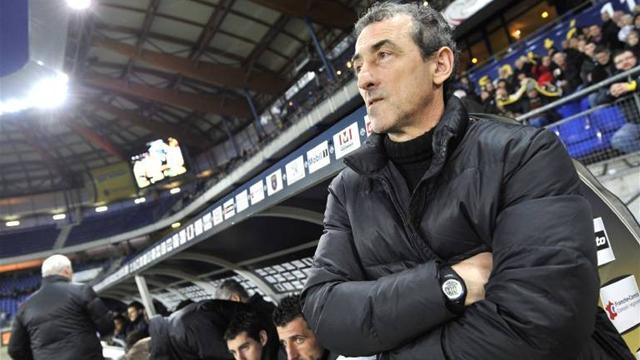 Struggling Sochaux fire coach