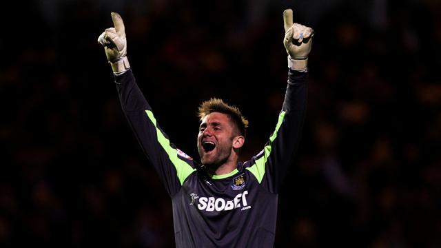 QPR sign West Ham keeper Green