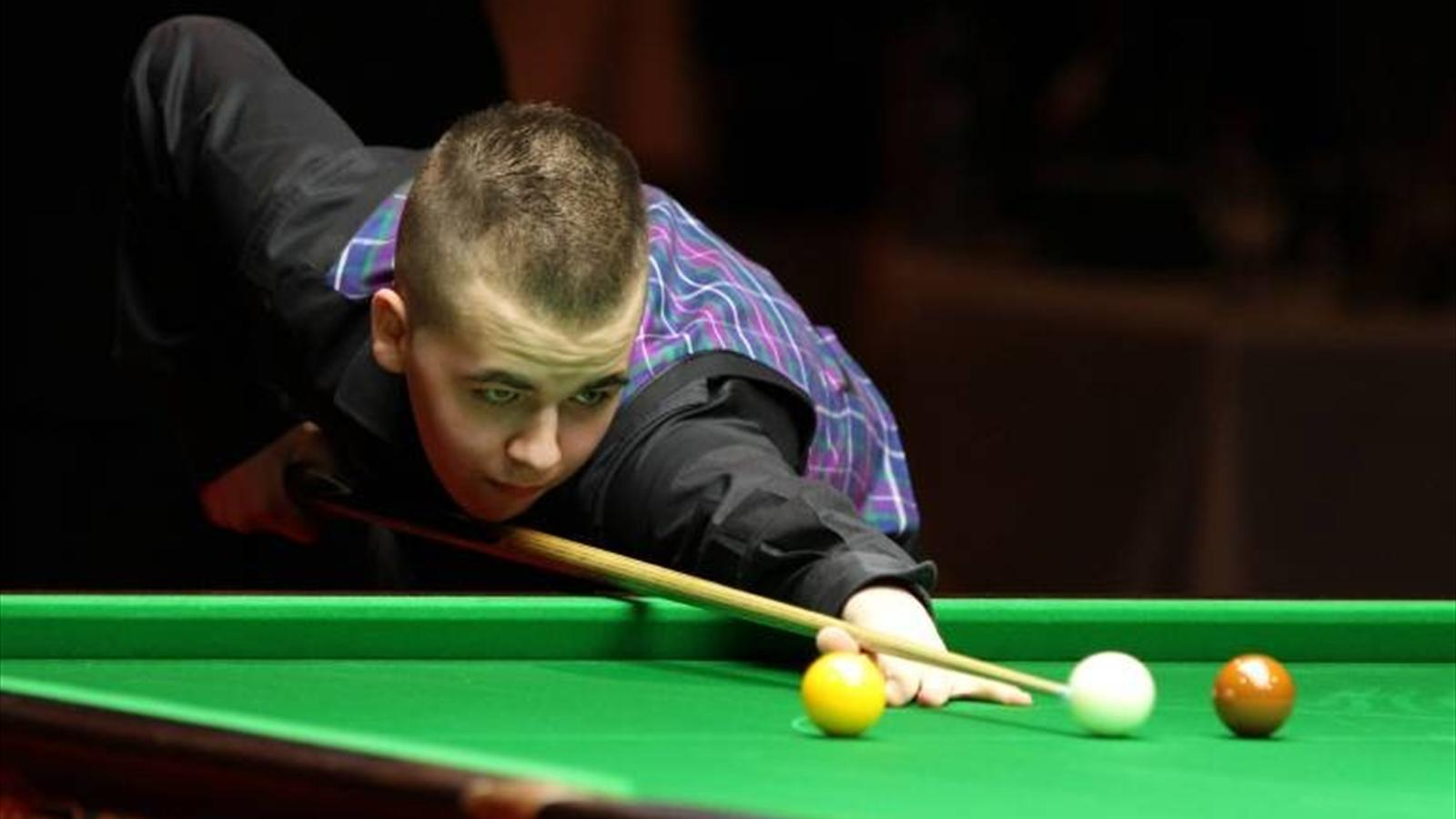 Brecel makes three centuries in qualifying win