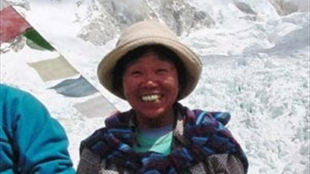 73-year-old woman climbs Mount Everest