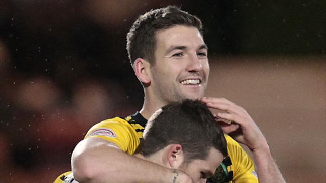 Mulgrew, Davis on PFA award list