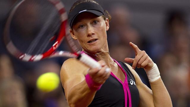Stosur crushes Peng in Stuttgart