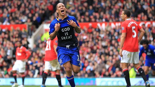 Everton complete Pienaar capture