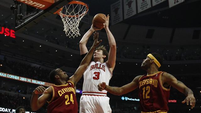 Bulls top seeds for play-offs