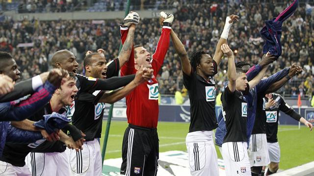 Lyon face rap over players' chants