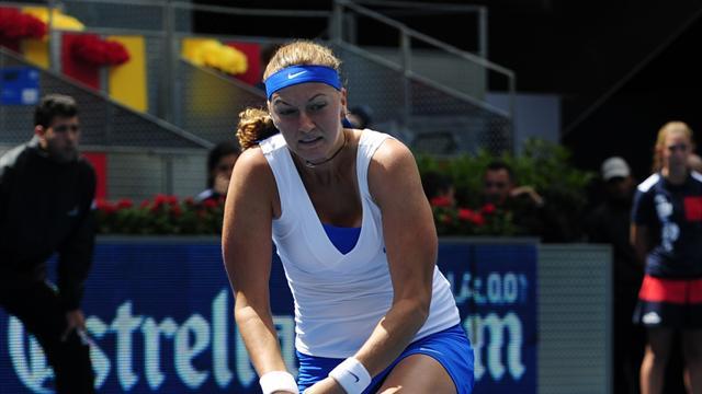 Hradecka stuns Kvitova in Madrid