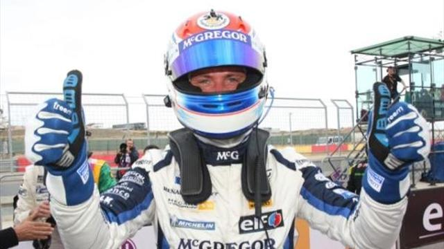 Schothorst takes second Megane Trophy win