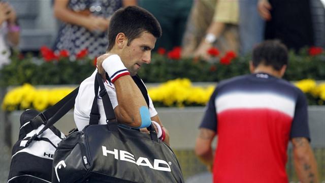 Tipsarevic stuns Djokovic in Madrid