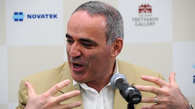 Каспаров: «Карлсен разозлил богиню шахмат, но не так, чтобы она выбрала Карякина с его унылой игрой»