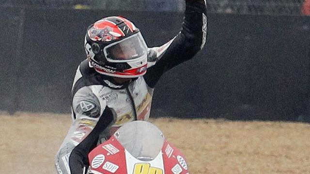 Rossi takes dramatic Moto3 win