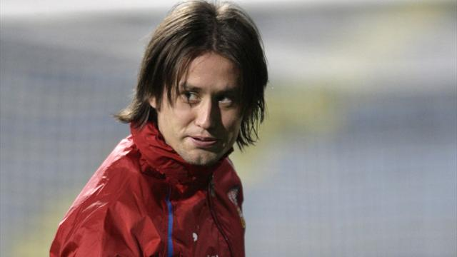 Rosicky out of Israel game