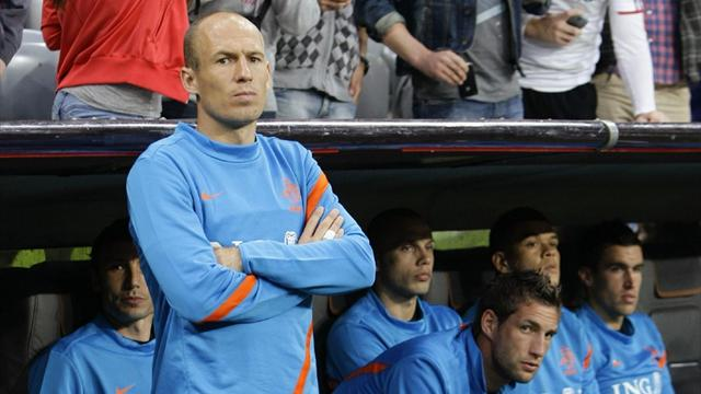 Robben booed by Bayern fans in friendly
