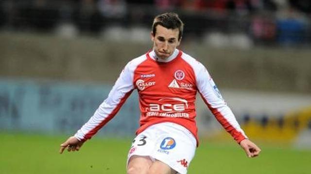 Newcastle sign Amalfitano