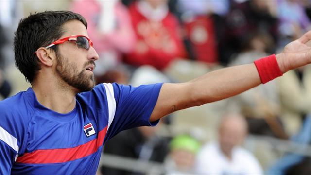 Tipsarevic battles into Stuttgart semis