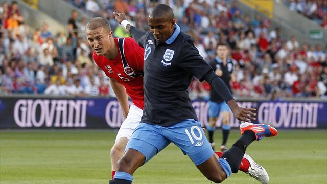 England make winning start under Hodgson
