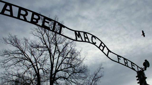 German players visit Auschwitz