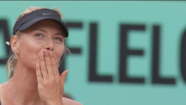 Sharapova reaches French Open final