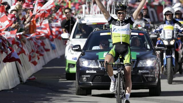 Albasini solos to Swiss stage eight