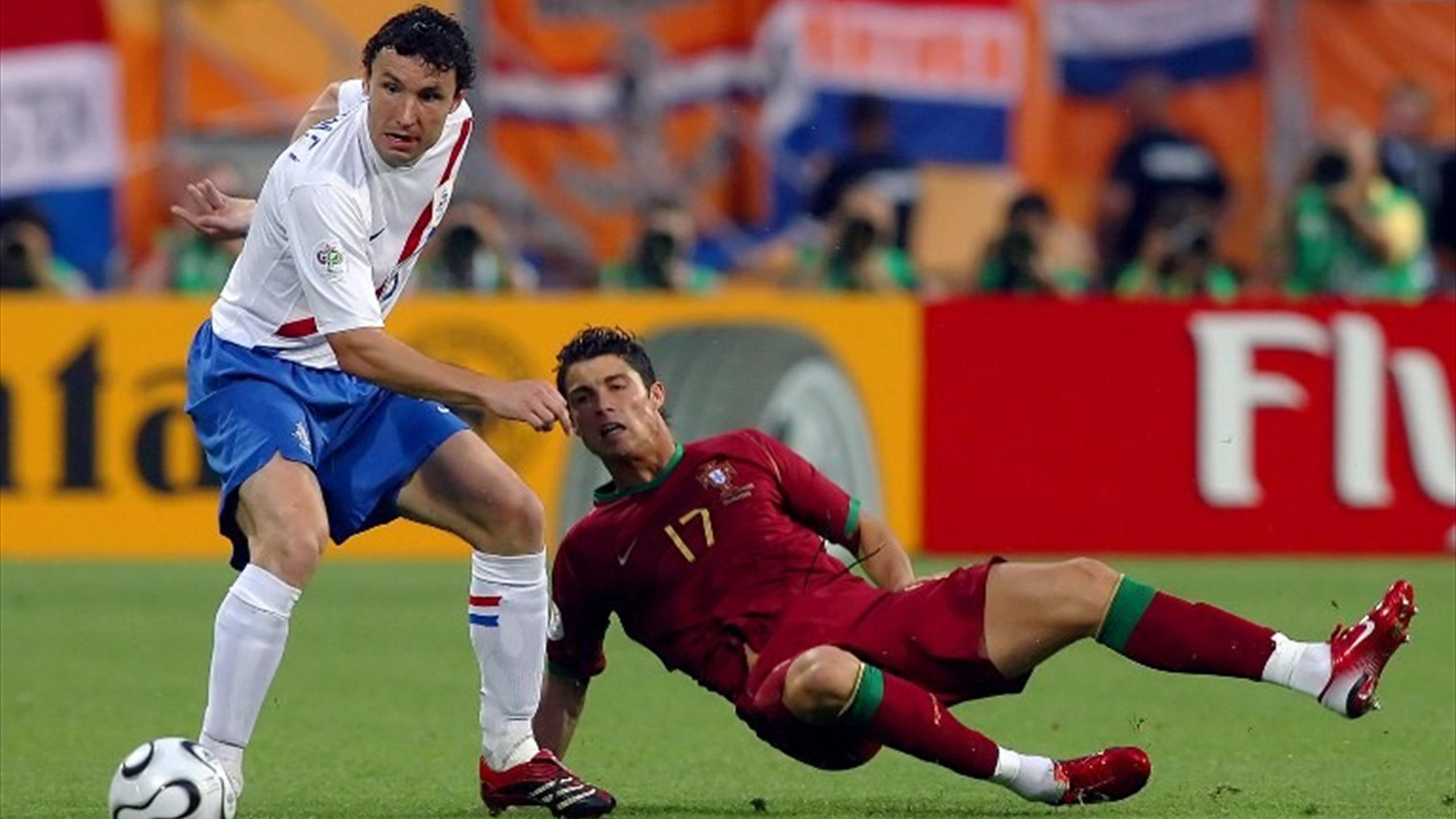 I футбол португалия голландия