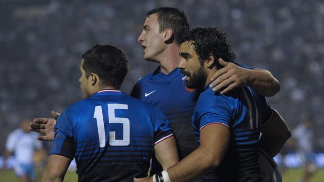 France thrash Argentina to level series