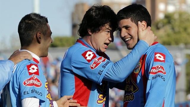 Arsenal win first Clausura