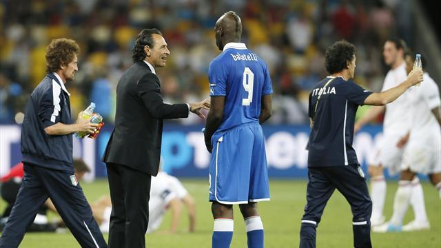 Prandelli praises Balotelli composure