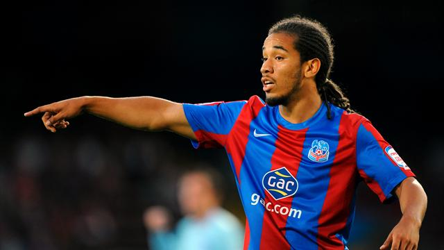 Huddersfield snap up Scannell