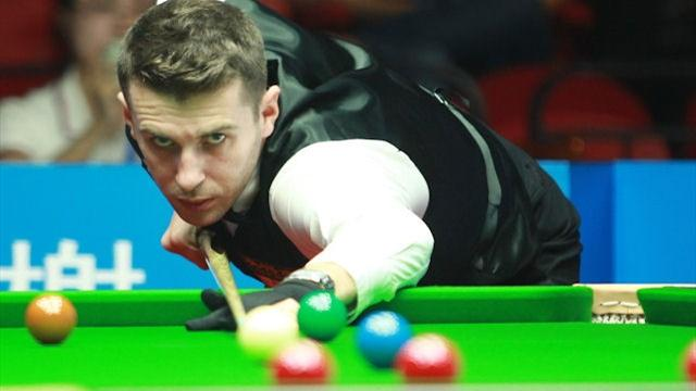 Selby starts Six-red defence with win