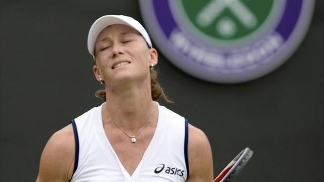 Stosur knocked out of Wimbledon