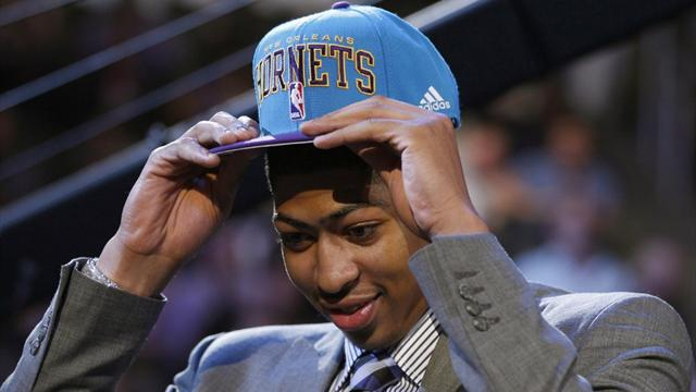 Hornets take Davis with first NBA Draft pick