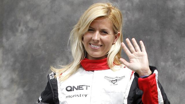 Female F1 driver hurt in smash