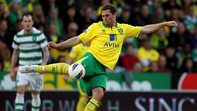 U-turn as Holt signs Norwich deal