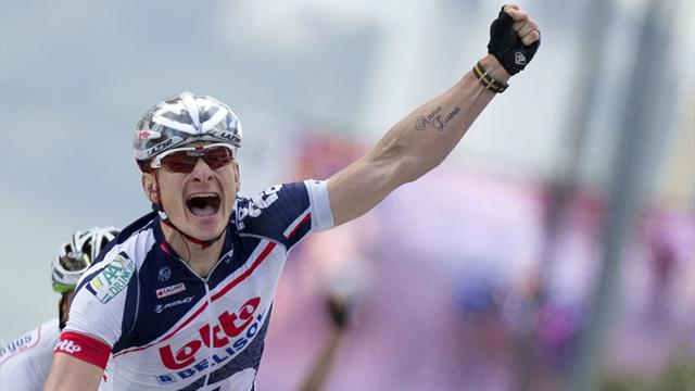 Greipel dodges crash to win stage four