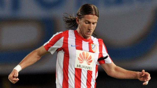 Filipe Luis extends Atletico contract