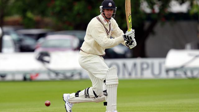 Pietersen warms up with double-ton