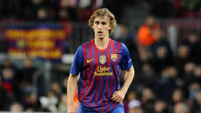 Ajax plan raid on young Barcelona stars