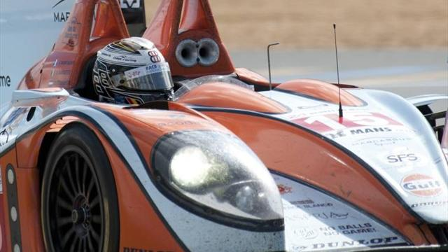 Oak Racing win at Donington