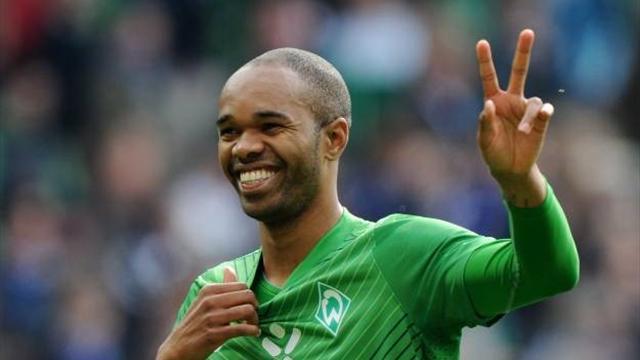 Naldo makes Wolfsburg switch