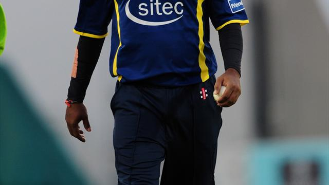 Murali to take on Sussex