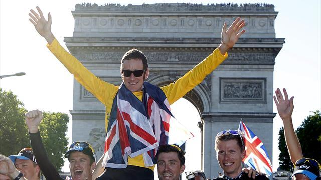 Wiggins clinches Tour as Cav wins in Paris