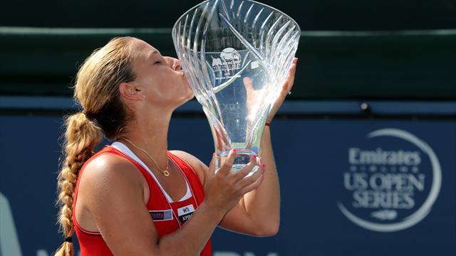 Cibulkova, Hercog win WTA tournaments