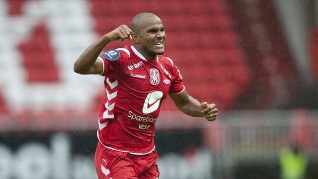 Leeds agree fee for Brann's Austin