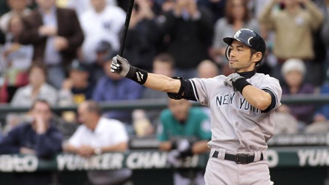 Yankees get Ichiro Suzuki from Mariners