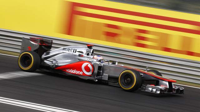 McLaren weighing up double DRS