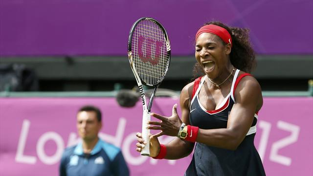 Serena Williams tient sa médaille