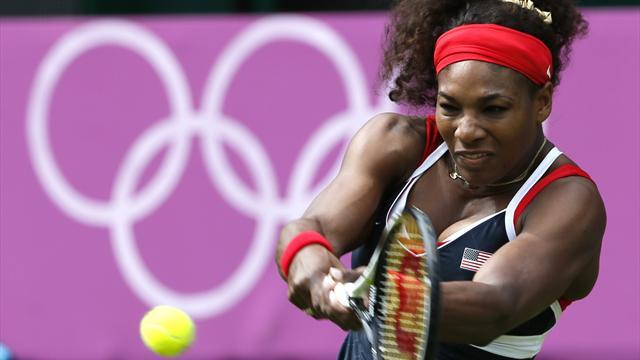 Serena Williams through to second round