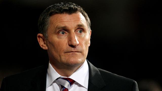 Blackburn appoint Tony Mowbray as manager