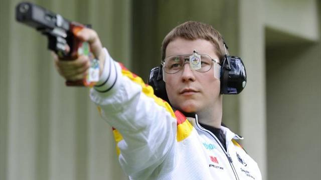 Стрельба изскорострельного пистолета: золото завоевал германец